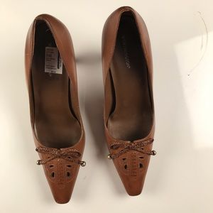Worthington sz 9.5 brown leather bow tie pumps